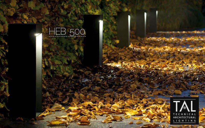 Borne d 39 ext rieur luminaires de sol decofinder for Poteau eclairage exterieur