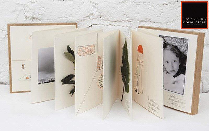 ATELIER D'EXERCICES Album photo Papeterie Ecriture Papeterie Accessoires de bureau  |