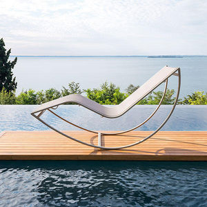 Chaise longue de jardin