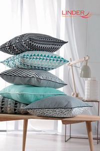 Linder -  - Coussin Carr�