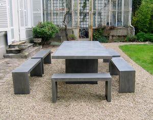 Arzinc -  - Table De Jardin