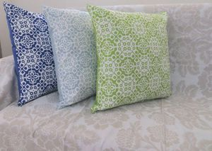 ITI  - Indian Textile Innovation - floral - Coussin Carr�