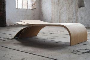 JEAN DAMIEN BADOUX -  ora - Table Basse Forme Originale