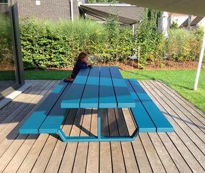 Cassecroute -  - Table De Jardin