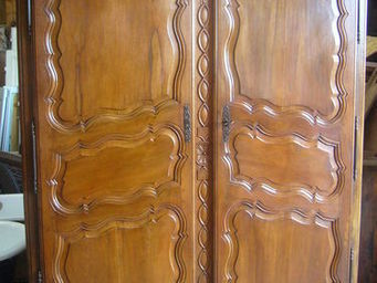 antiquites materiaux anciens deco de jardins -  - Armoire � Portes Battantes