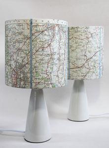 Sarah Walker Artshades - map shade - Lampe À Poser