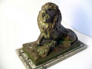 Brookes-Smith - bronze lion - Sculpture Animalière