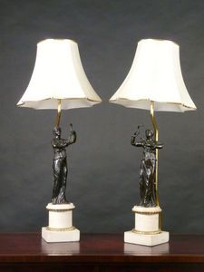 3details - a pair of bronze figural table lamps - Lampe � Poser