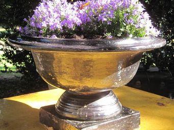 PLANTERS-CONTACT-PROVENCE - petite coupe classique noire - Vasque De Jardin