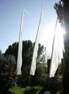 MEMOIRE DES ORIGINES - flag + piètement - Drapeau