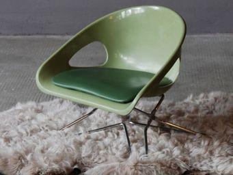 NUMERO 74 -  - Chaise Enfant