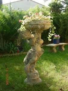 pierre et vestiges -  - Vasque De Jardin