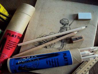 DANS TETE -  - Crayons De Couleur