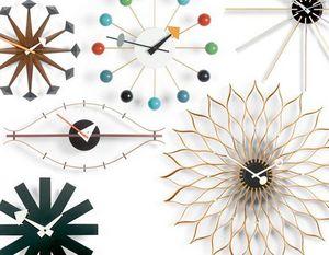VITRA -  - Horloge Murale