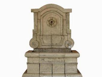 TERRES D'ALBINE -  - Fontaine Centrale D'extérieur