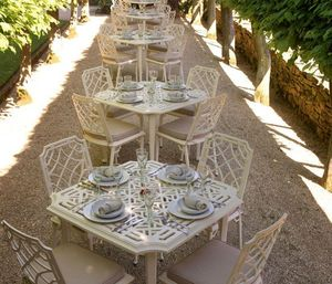 Oxley's -  - Table De Jardin
