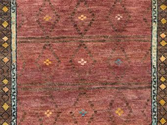Bausol - gyanpur (bow red) - Tapis Sur Mesure