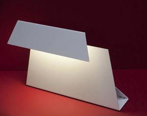 LAHUMIERE DESIGN  - malev - Lampe À Poser