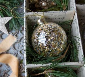 Graham & Green - glass bauble - Boule De Noël