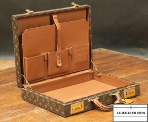 Louis Vuitton -  - Porte Documents