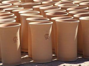 CR UZES - brique à vin - Brique À Vin