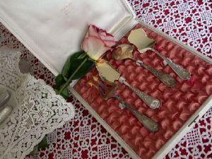 Maison du Lin et de la Dentelle (linge-ancien.com) -  - Couverts � Dessert