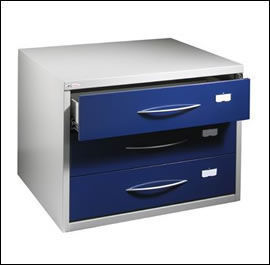 Blundell Harling Magpie - 3 drawer dvd storage cabinet - Caisson De Bureau