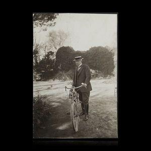 Expertissim - maeterlinck maurice (1862-1949) à grasse, sur un c - Photographie