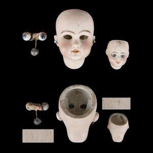 Expertissim - lot de deux petites têtes de poupées françaises - Poupée