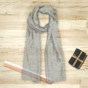 la Magie dans l'Image - foulard trèfle vert-de-gris blanc - Foulard Carré