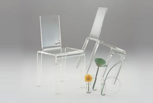 Marais International - chaise en plexiglas - Chaise