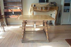 Antiek Amber -  - Table Basse À Tiroirs