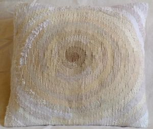 EMOKE - l'oeil du cyclone 30x30cm - Tapisserie Contemporaine