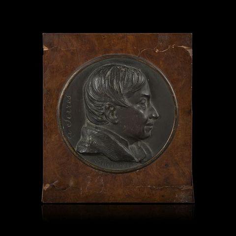 Expertissim - Médaillon-Expertissim-D'après David d'Angers. Bas-relief figurant Augu