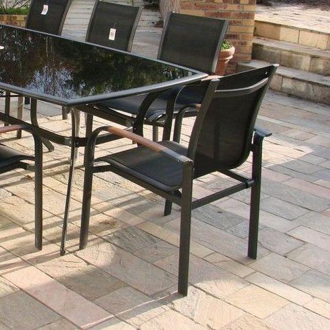 LE RÊVE CHEZ VOUS - Salon de jardin-LE RÊVE CHEZ VOUS-Ensemble Table aluminium noir plateau verre opaque