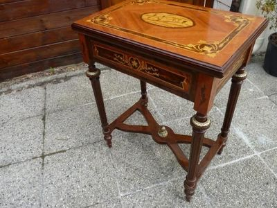 La Timonerie Antiquités marine - Table de jeux-La Timonerie Antiquités marine