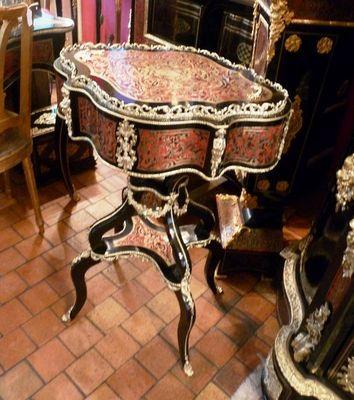 Art & Antiques - Jardinière d'intérieur-Art & Antiques-Jardinière ovale en marqueterie Boulle