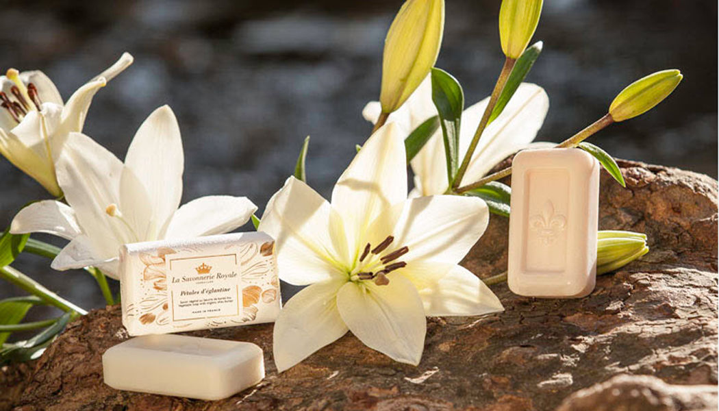 LA SAVONNERIE ROYALE Bathroom soap Soap Bathroom Accessories and Fixtures  |