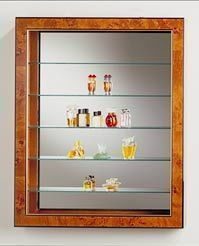 Vitrinexpo27 Wall display cabinet
