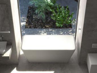 CPS DISTRIBUTION - quadra - Freestanding Bathtub