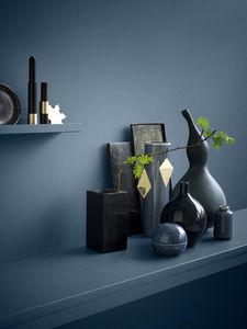 H. Skjalm P. -  - Shelf