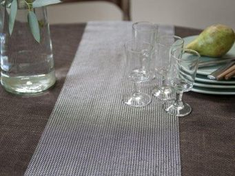 FOIN COTTE DE MAILLES -  - Table Runner