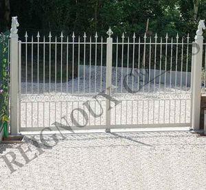 Reignoux Creations - fleur de lys - Entrance Gate