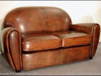 ANTIQUE GERMAIN -  - Club Sofa