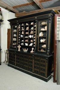 ALTE DEKORATIONEN MAXIMILIAN FRITZ -  - Display Cabinet