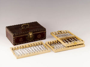 Dario Ghio Antiquites -  - Cutlery Chest