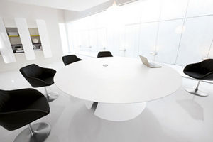 Archiutti Iem Office - ola - Meeting Table