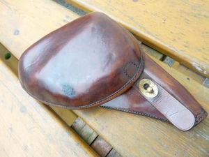 La Timonerie Antiquités marine -  - Pistol And Revolver
