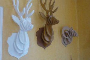 SYLVIE DELORME - cerf - Hunting Trophy