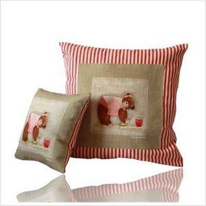 LILI POUCE - coussin le petit cayola valentine création origina - Children's Pillow